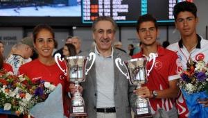 Dünya tenis şampiyonları Türkiye'ye döndü!