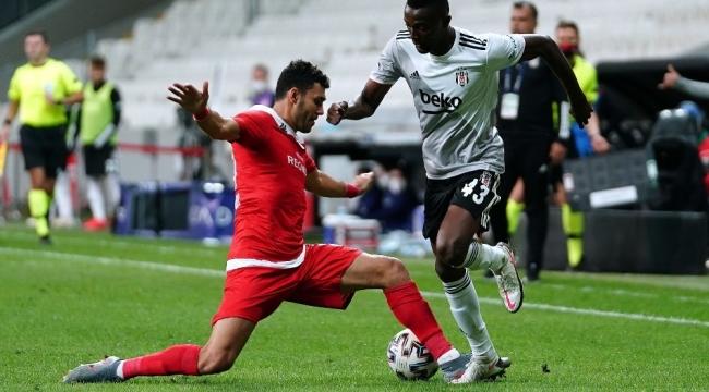 Beşiktaş'ta Mensah'ın Covid-19 testi pozitif çıktı