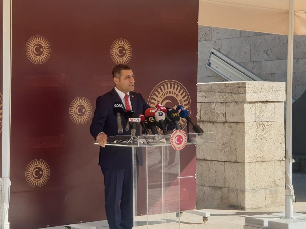 MHP Milletvekili Taydoğan'a yoğun basın ilgisi