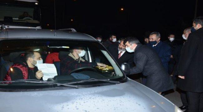 Yavuz Bingöl'den polislere çorba ikramı