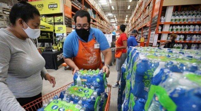 Florida Elsa Fırtınasına Hazırlanıyor